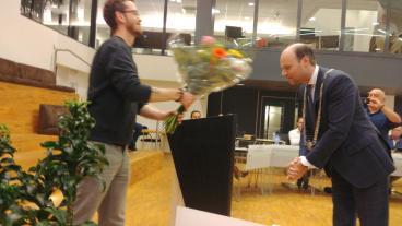 https://horstaandemaas.sp.nl/nieuws/2020/09/michael-van-rengs-geinstaleerd-als-gemeenteraadslid-voor-de-sp